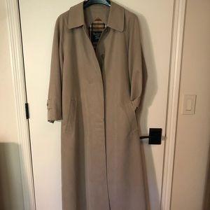 Burberry Raincoat 10P